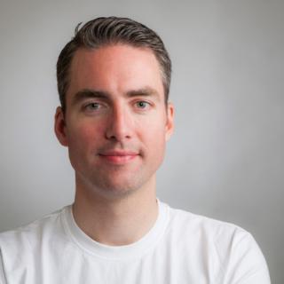 Casper Bakker, Co-founder